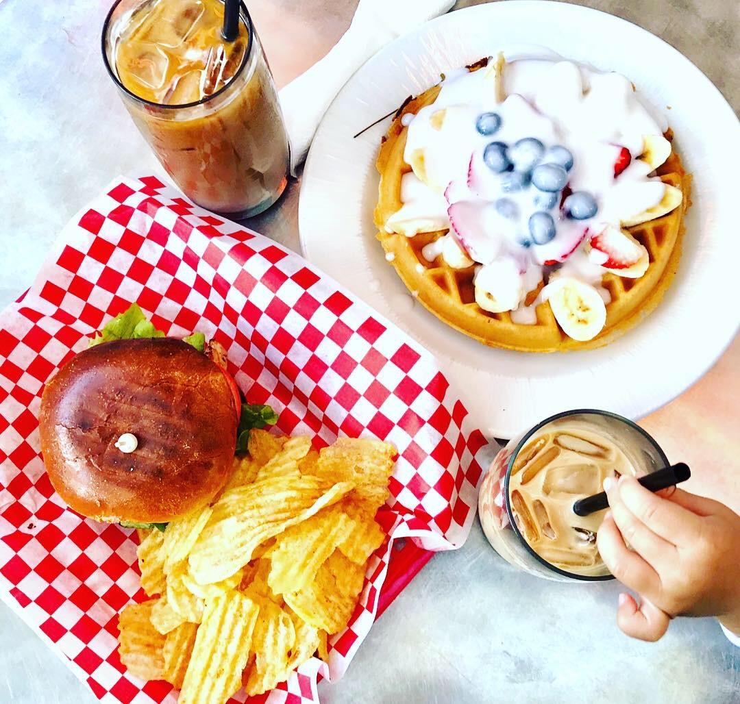 ハワイ パンケーキ ボガーツカフェ